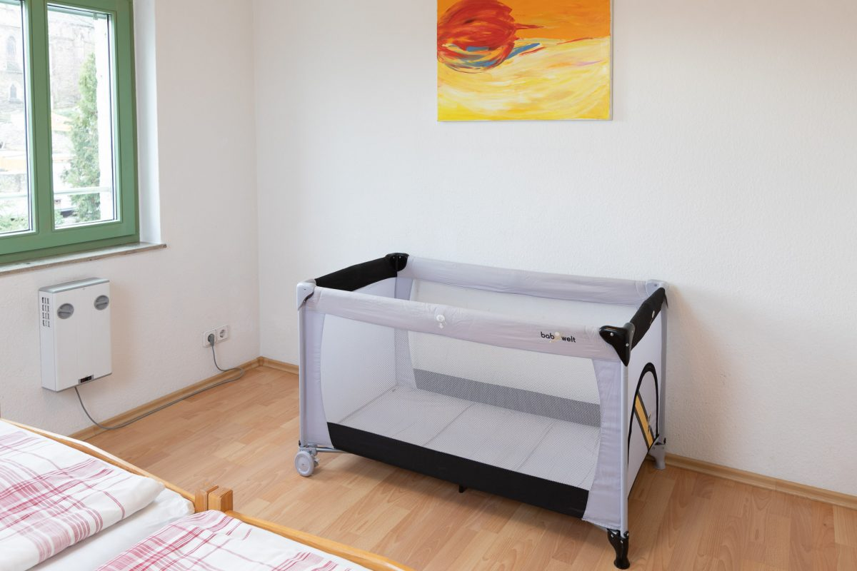 Schlafzimmer Babybett